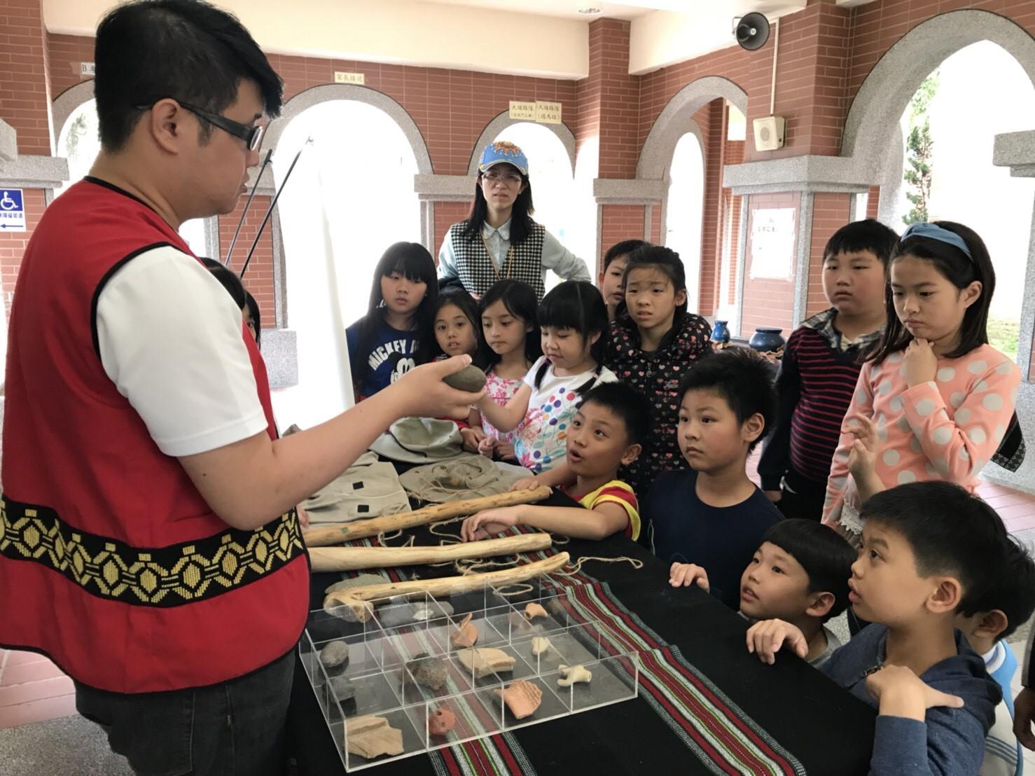 教學神助手 十三行全新考古教具箱即日起免費申請